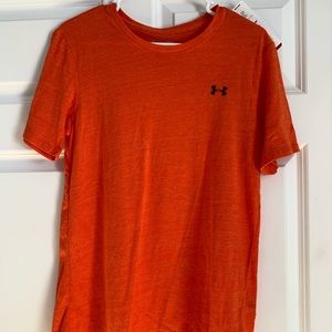 BRAND NEW Under Armor T-shirt